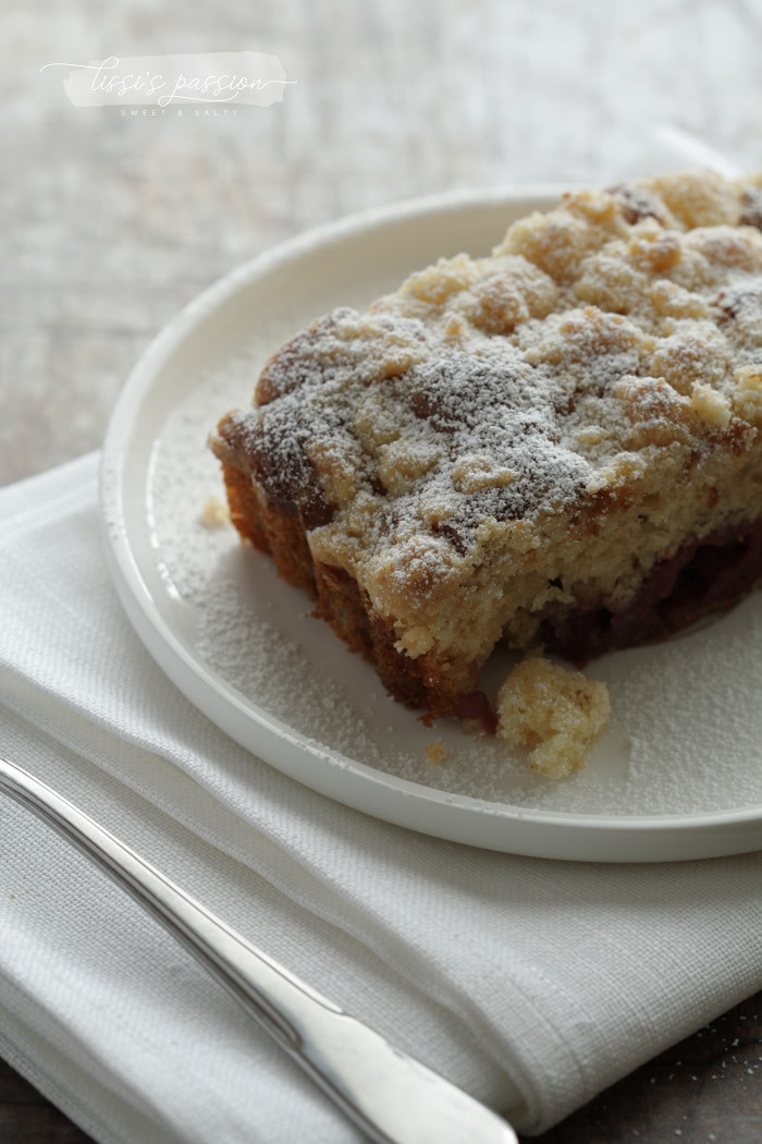Wochenend-Kirsch-Streusel-Kuchen