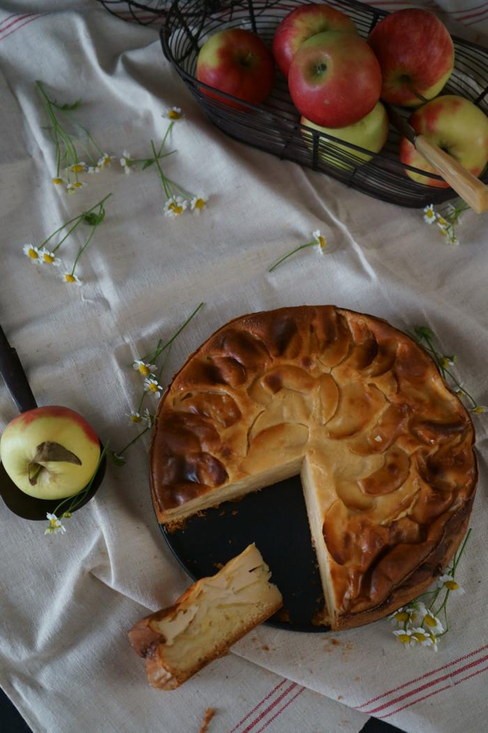 Apfelkuchen mit Sauerrahmcreme