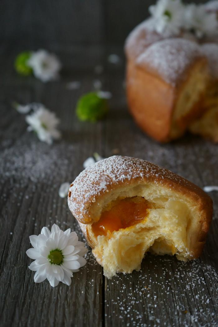 Gefüllte Buchteln mit Kürbis Sekt Marmelade