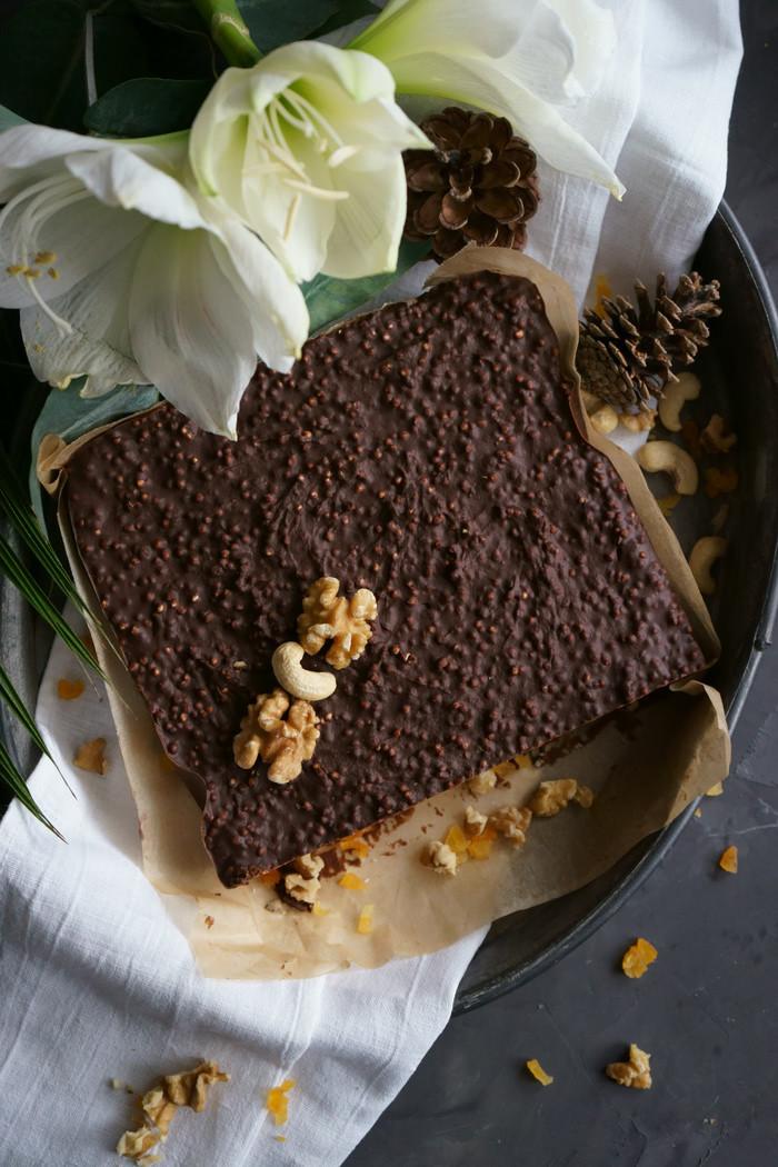 Schoko-Nuss-Fudge mit gepufftem Quinoa