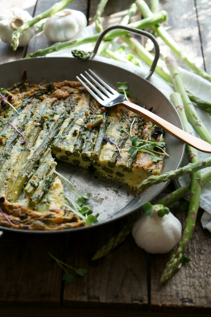 Grüne Spargel-Frittata low-carb