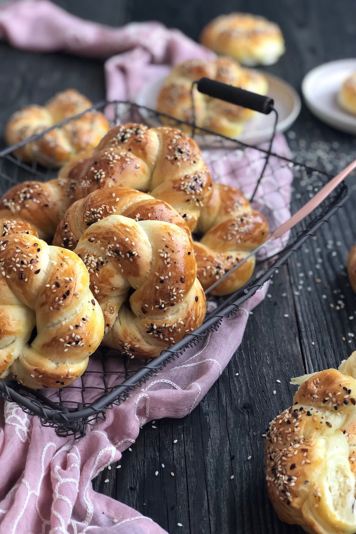 Açma – türkische butterzarte Brötchen