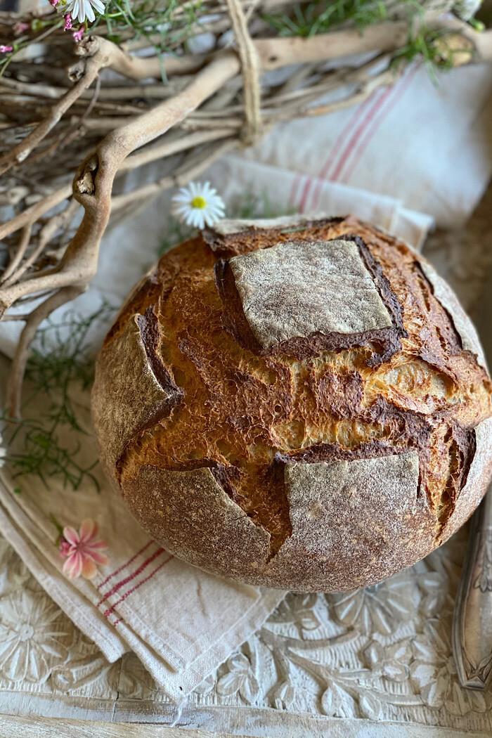 Krustenbrot mit Buttermilch – einfach & knusprig