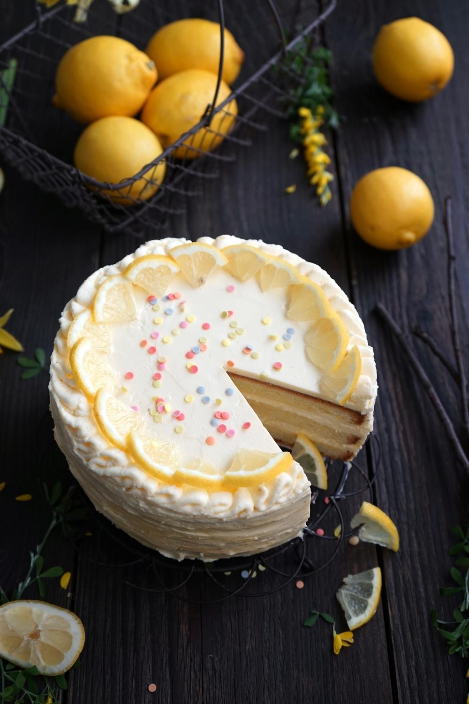 Lemon Curd Torte – klein, fein und himmlisch fruchtig!
