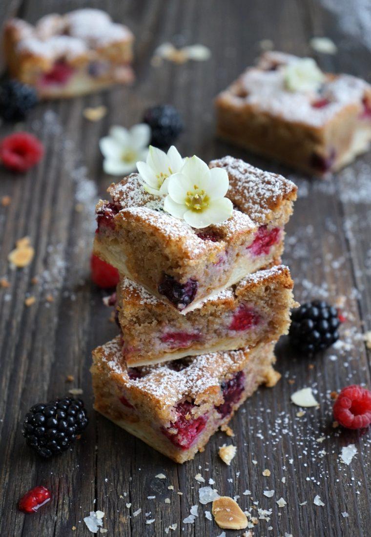 Beeren-Mandelkuchen mit nur 8 Zutaten
